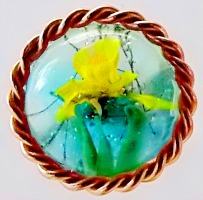 Metal Framed Daffodil Front