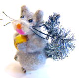 SQUIRREL with a Nut - Realistic Flocked GRAY Glass w/bushy Brush Tail (ome)